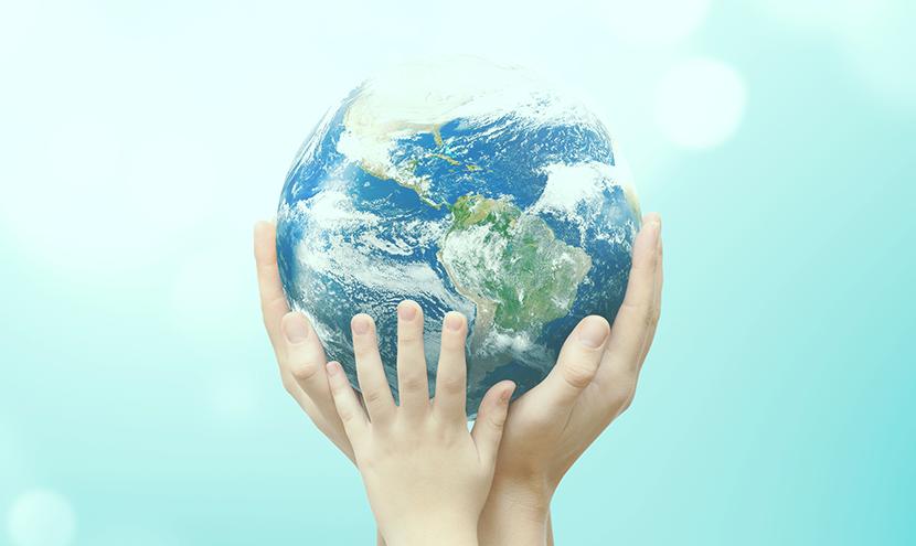 地球を支える手