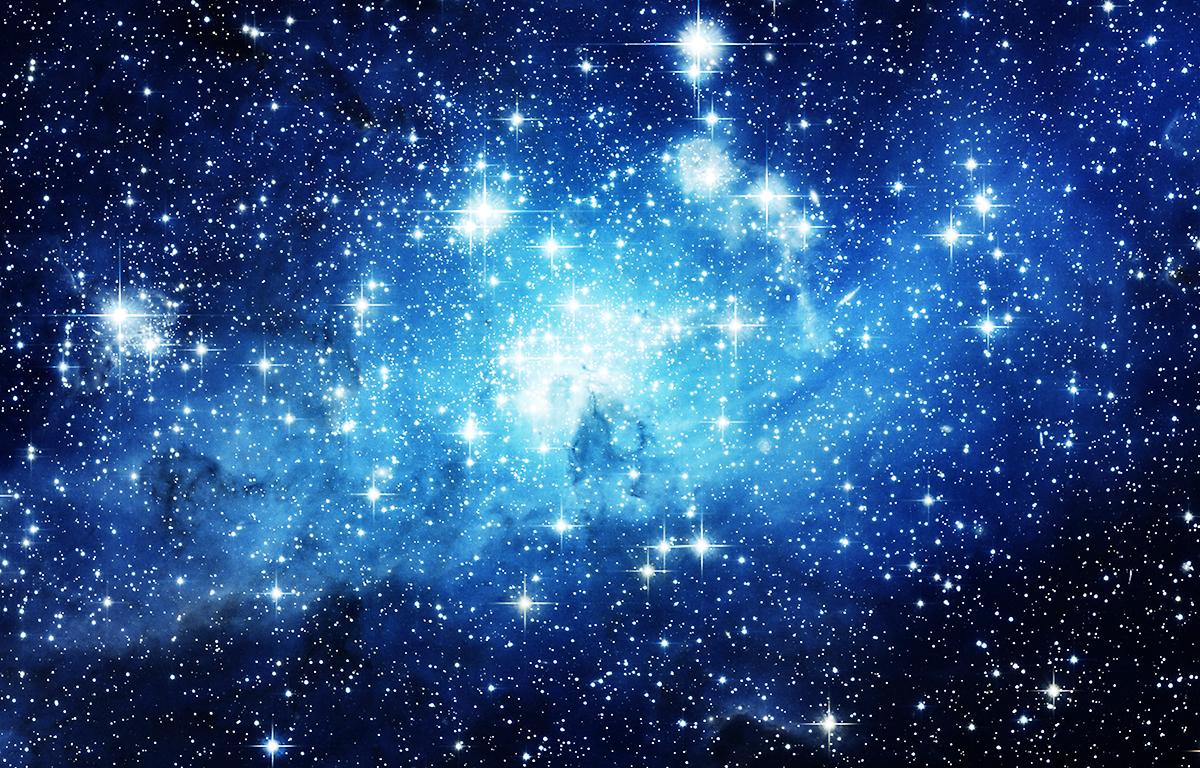 宇宙に青白く輝く星